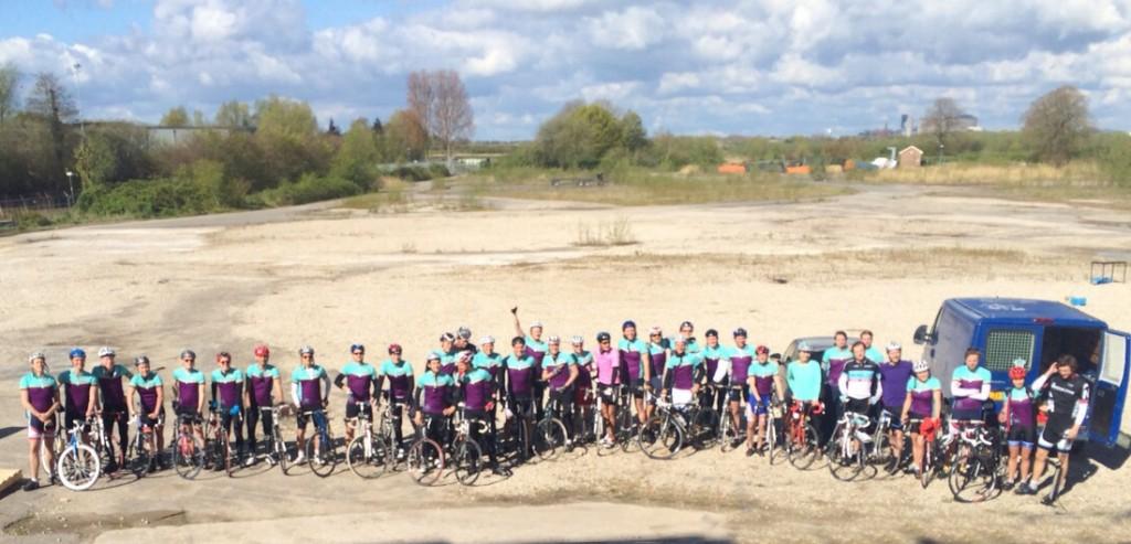 Vindicat fietst ruim € 1100 bij elkaar voor GSG!